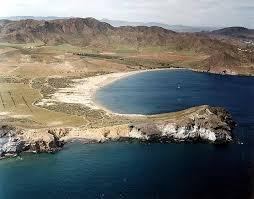 CALA PRÍNCIPE海滩
