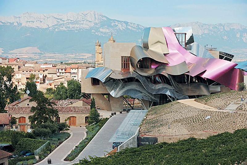 Elciego-La-Rioja-Alavesa_imagelarge1