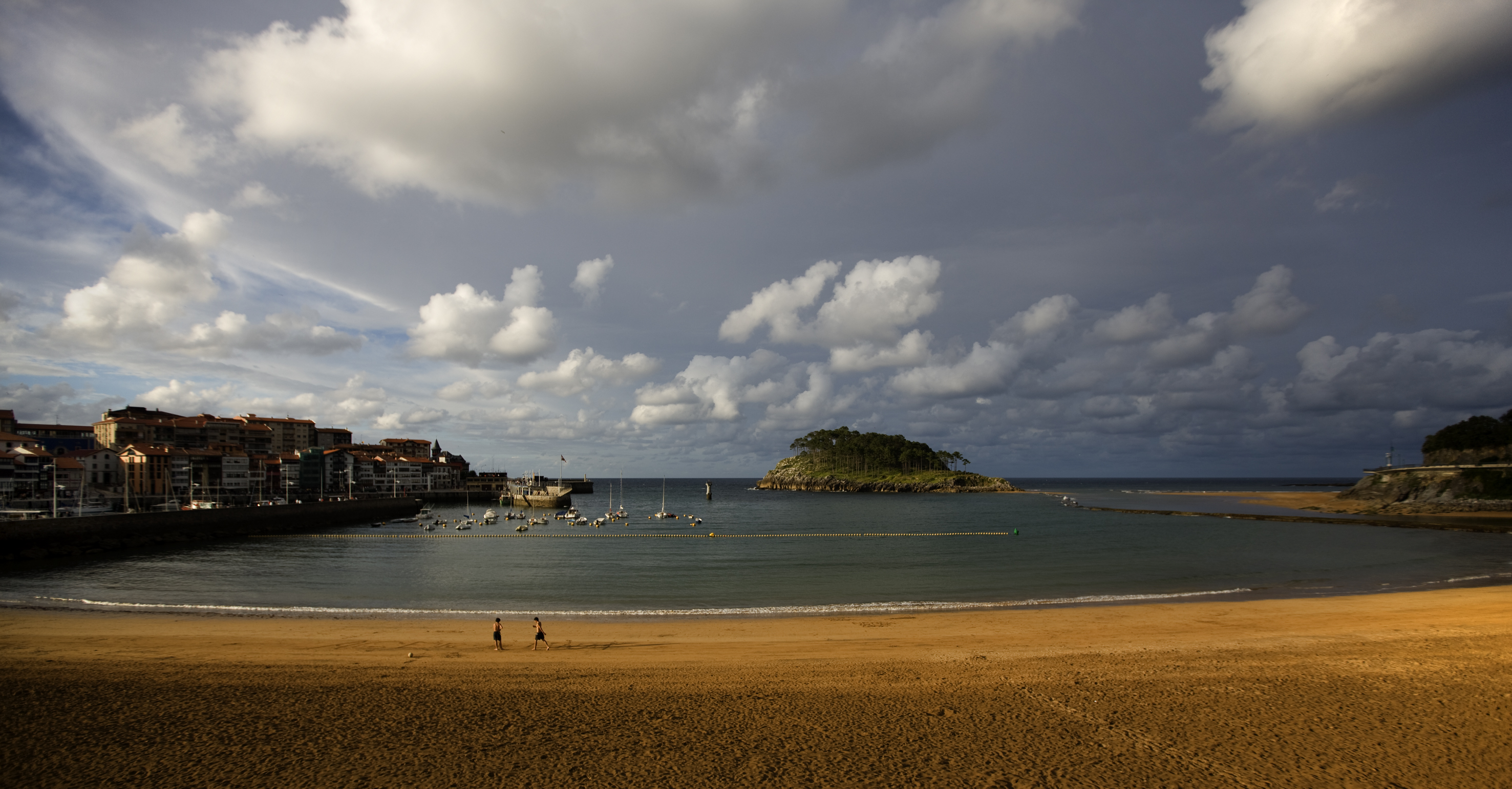 Lekeitio  ISUNTZA 海滩