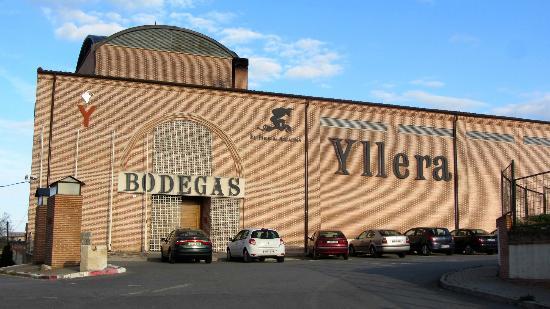 bodegas-groupo-yllera