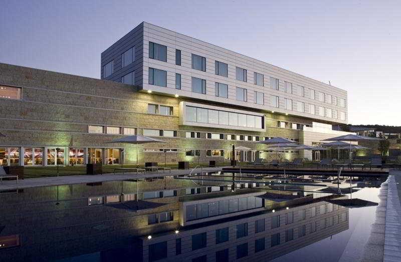 hotel-valbusenda-resort-spa-exterior-